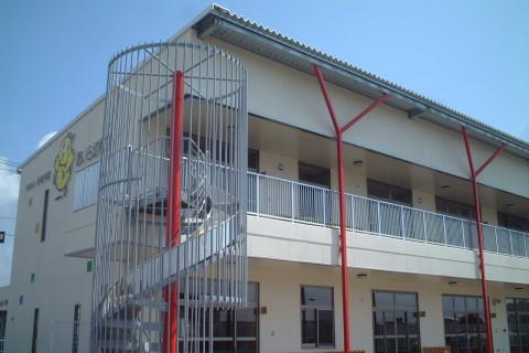幼稚園/2階建